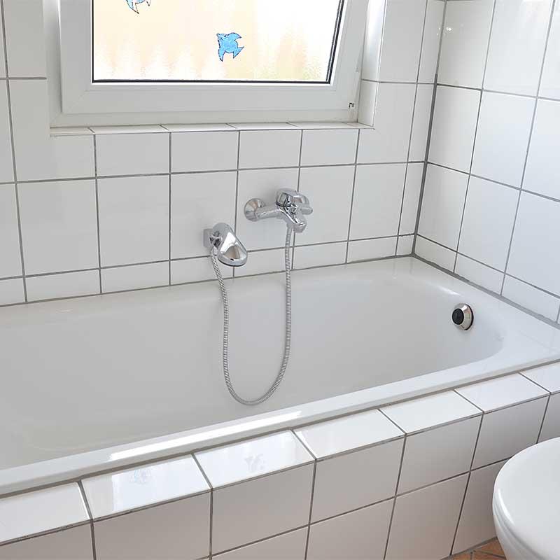 großes Tageslicht-Bad, Ferienwohnung Haus am Weinberg