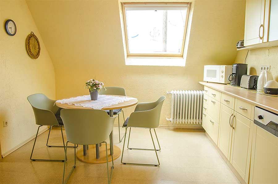 große Küche (15 qm), Ferienwohnung Haus am Weinberg, Mußbach - Neustadt / Weinstr.